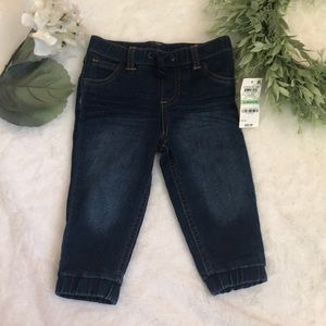 First Impressions NWT infant girls Jeans